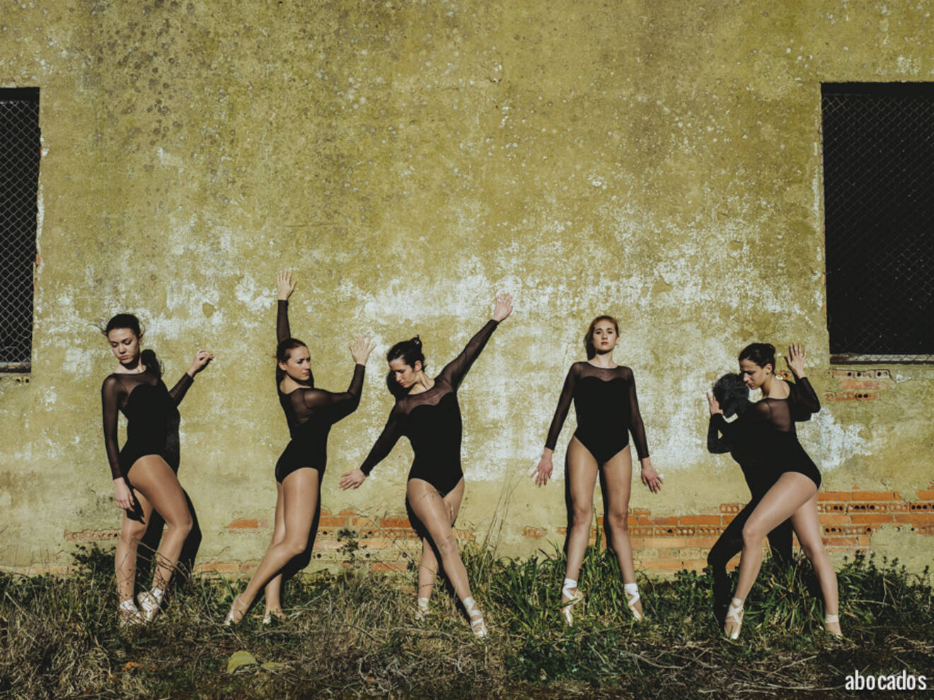 La Bailarina Round 5-466