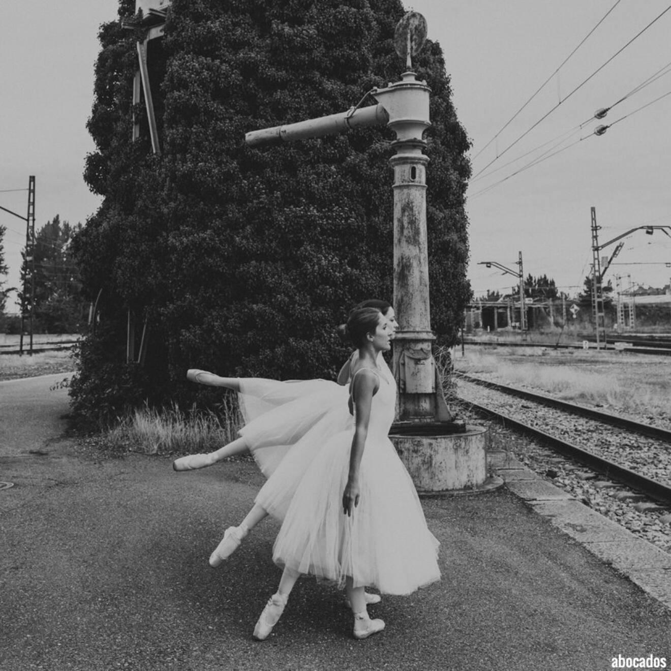 Proyecto Bailarina Trenes 2-20